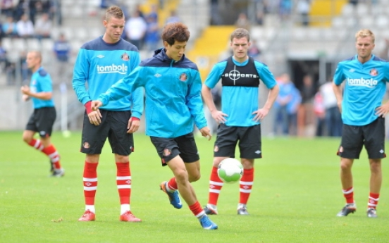 Ji Dong-won impresses Sunderland manager