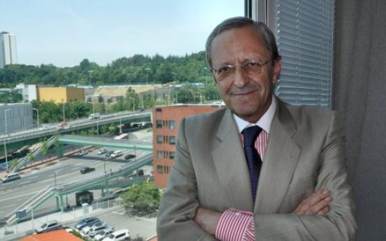 Spanish envoy broadens focus of ties