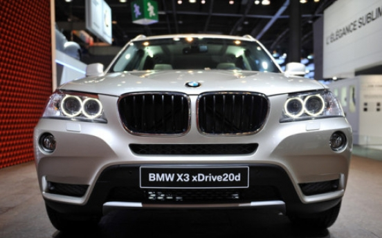 BMW X3 with extended range of engines