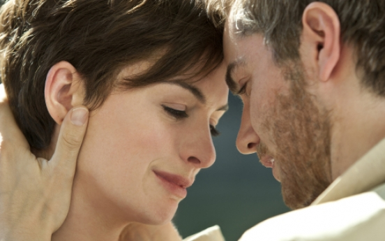 Romance lacks spark in 'One Day'
