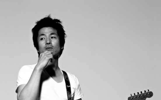 Rocker Yi Sung-yol 'runs to stand still'