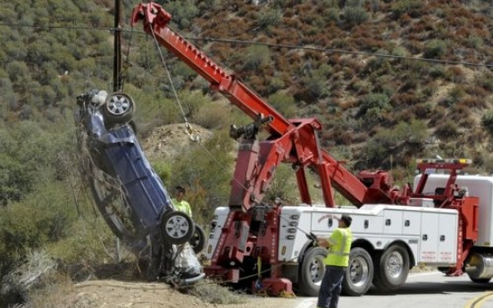 California man found alive by his children after wreck