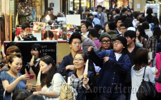 Myeong-dong reborn as mecca for young, trendy