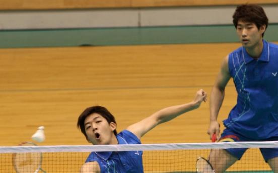 Korean badminton pair win French title