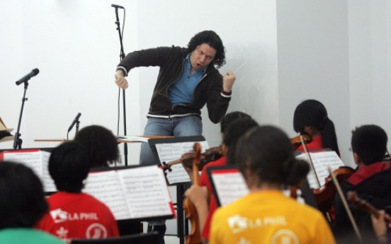 Los Angeles takes baton as flagship for youth orchestras