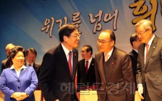 P.M. calls for fair elections, economic vitality