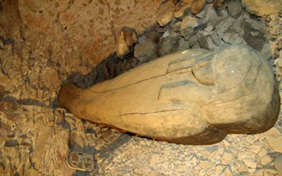 3,000-year-old tomb of  singer found in Egypt