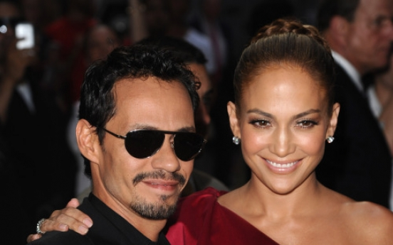 J.Lo, reported beau tweet that age doesn't matter