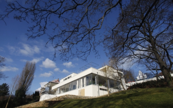 Ludwig Mies van der Rohe's Tugendhat to reopen again