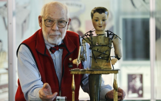Automaton at U.S. museum linkd to Scorsese's 'Hugo'