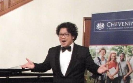U.K. opens doors to Korean tenor