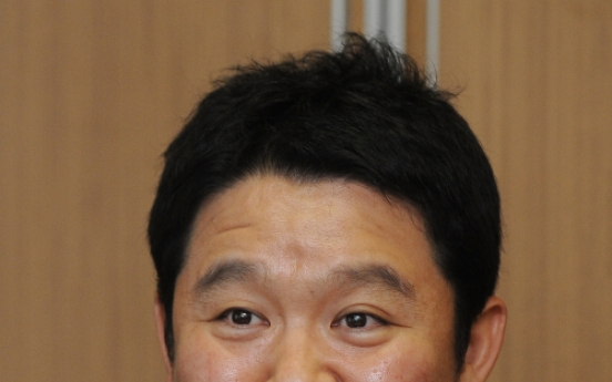 Show host quits TV gigs over comfort women remarks