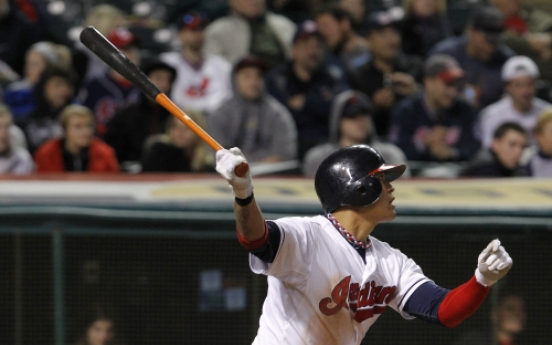 Choo stays hot as Indians rip M's