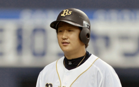 Lee Dae-ho hits 10th home run, leads Japanese Pacific League