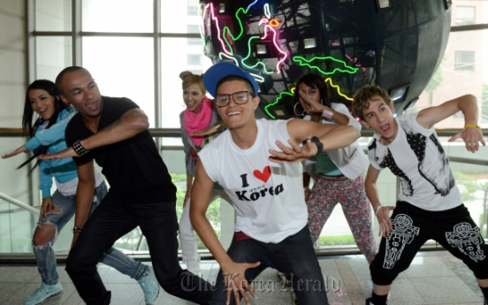 Colombians take to stage in homeland of K-pop