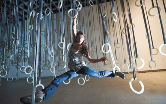Art meets dance: Exhibition brings viewers into the artwork