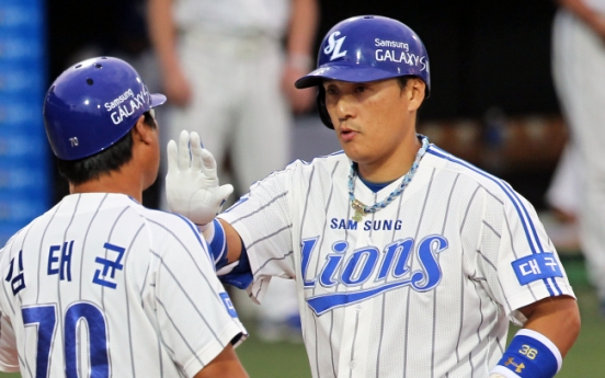 Lee Seung-yeop aims to join the 500-home run club