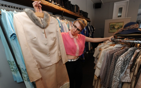 Market for vintage clothing keeps specialty shop's business booming