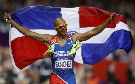 'Superman' Sanchez regains Olympic title