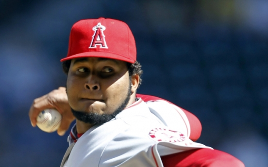 Angels rally in eighth inning for 5-2 win over Mariners