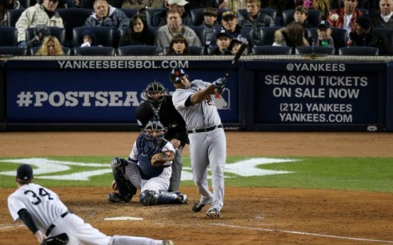 Tigers win in 12 to take ALCS lead over Yanks