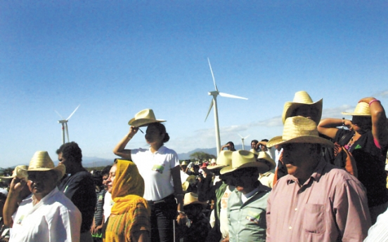 Indigenous vs. multinationals in Mexico wind power battle