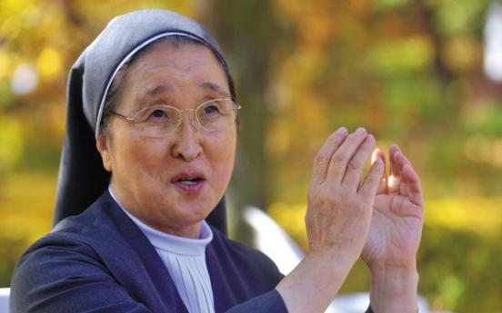 Nun cares for terminally ill