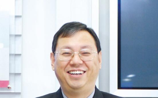 [Newsmaker] LG CEO breaks barriers in school background