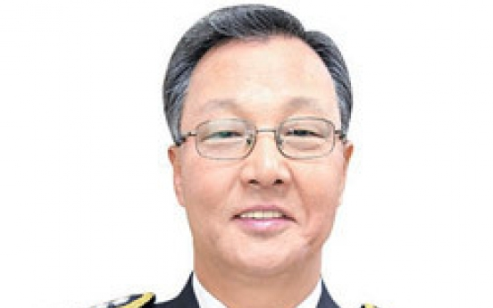 Police officer joins club of 100 million won donors