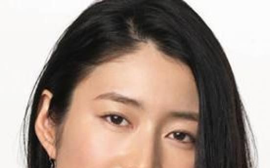 Japanese actress Koyuki gives birth in Korea