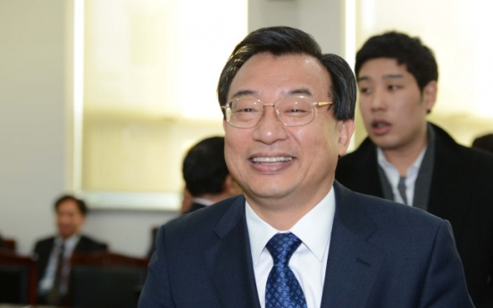 [Newsmaker] Park loyalist takes key post of chief aide
