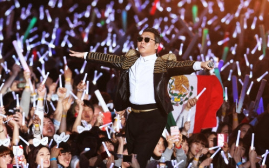 [Newsmaker] Psy returns to limelight with 'Gentleman'