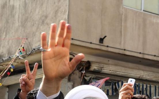 새 대통령 중도파 성직자 로우하니...이란에 어떤 변화 가져올까