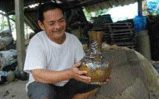 Village's last potter keeps kiln burning