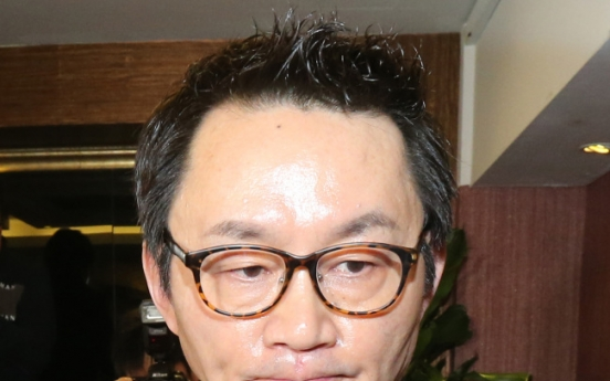 Lawyer unaware of any arrest warrant for Yoon Chang-jung