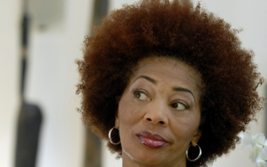 Terry McMillan returns with 'Who Asked You?'