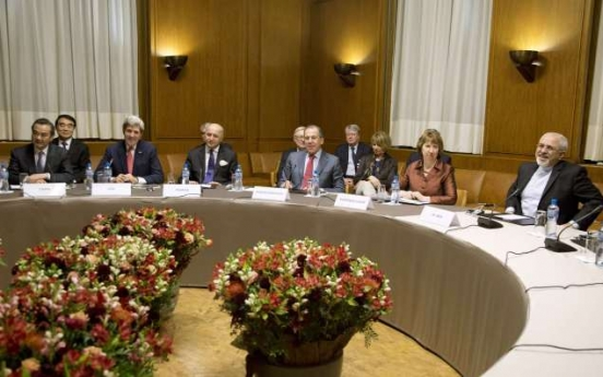 World powers, Iran clinch 'historic' nuclear deal