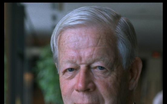 Ex-IOC executive Ericsson dies at 94