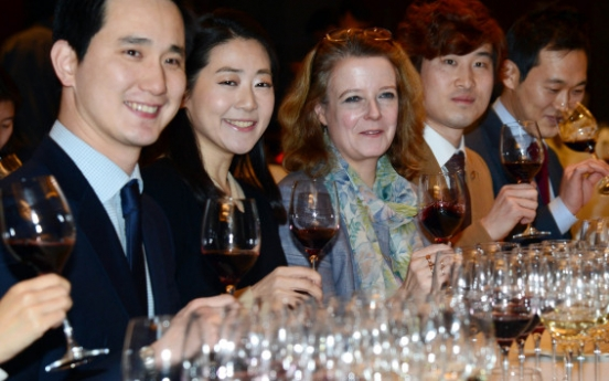 [Photo News] Laura Jewell shares wine know-how