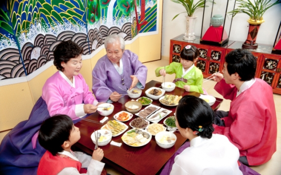 [Weekender] Rice-cake soup remains Seollal staple