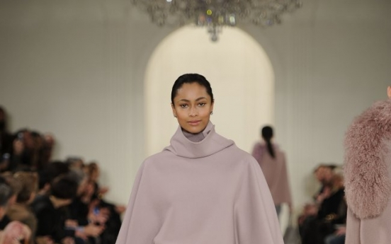In New York, fall runway fashions are cozy, luxurious