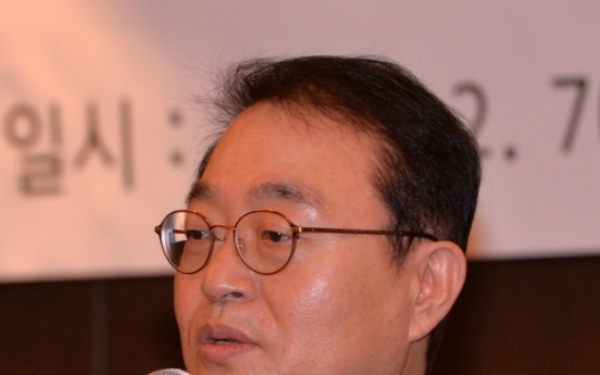 [Newsmaker] Lotte Shopping chief faces kickbacks claims