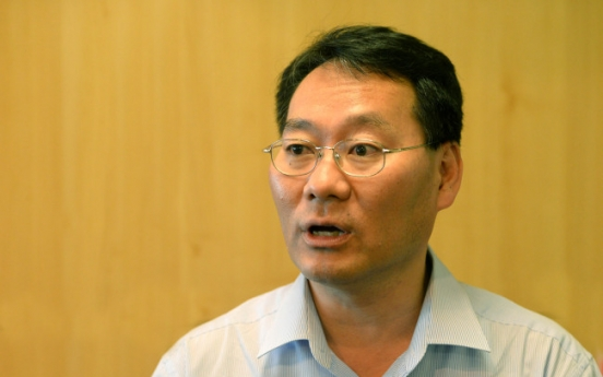 [Herald Interview] Korea faces household debt crisis