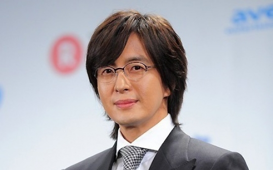 Bae Yong-joon sued over fraud charges