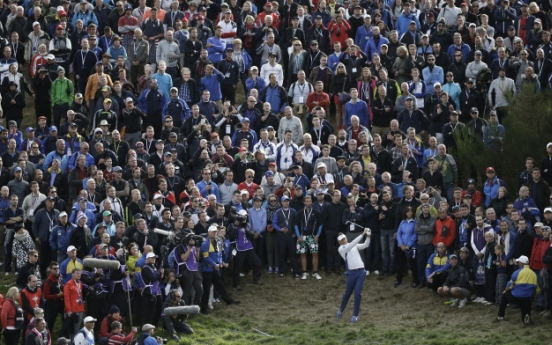 Europe takes 10-6 lead at Ryder Cup
