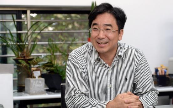 [Herald Interview] 'Korea should no longer expect trickle-down effect'