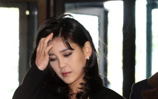 Samsung chairman's eldest daughter files for divorce: report