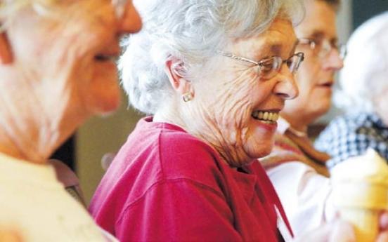 U.S. study says elderly should take cholesterol-lowering statins