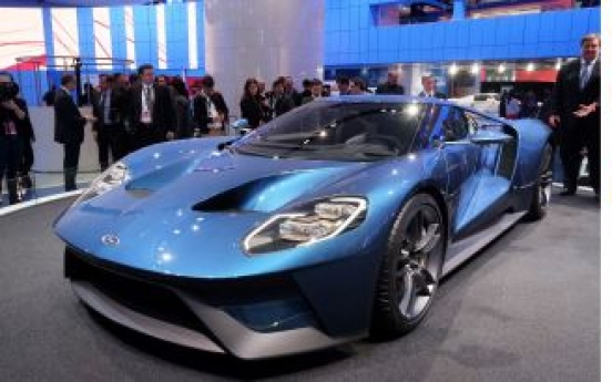 Hot Ford, Acura supercars upstage rivals in Detroit auto show