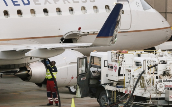 Why cheaper fuel won't mean lower airfares anytime soon